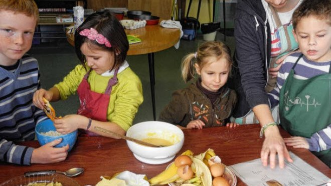 Tous les enfants ont mis la main à la pâte pour confectionner les recettes de différents continents.